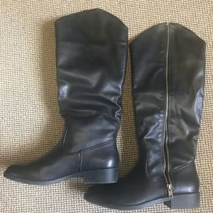 Shoes - Tall black boots. Size 7.5. Excellent condition.